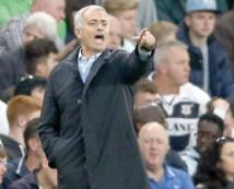"""Mourinho: """"Si Chelsea veut me virer, qu'il me vire!"""""""