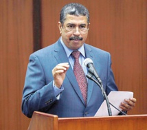 Le chef du gouvernement du Yémen, échappe à une attaque à la roquette
