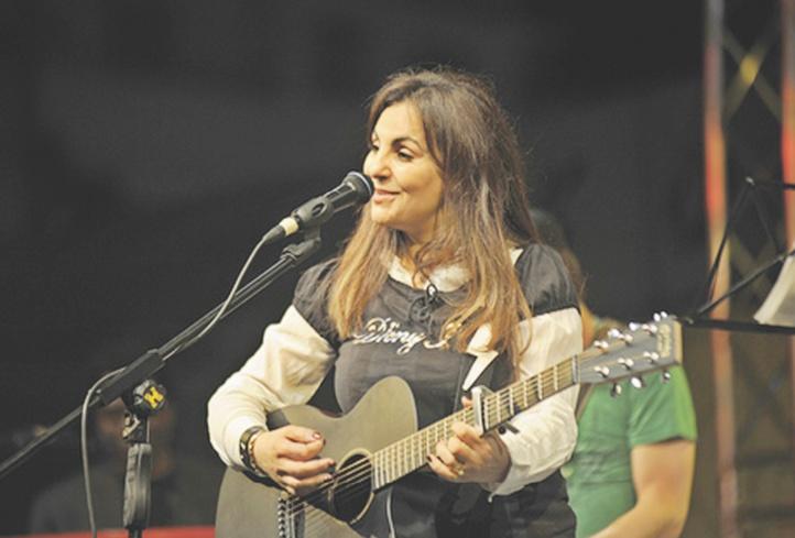 Saida Fikri chante pour le Sahara marocain