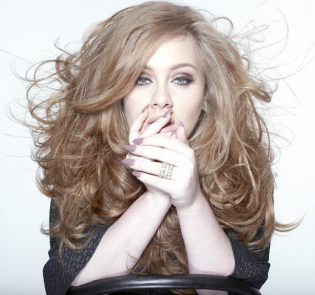 """Adele annonce un nouvel album baptisé """"25"""""""