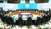 """Le G20 """"déterminé"""" à trouver un accord à Paris sur le climat"""