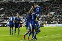 Manchester City et Arsenal trébuchent  Leicester en profite et prend les commandes