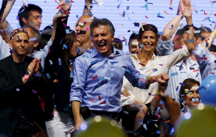 L'Argentine élit un réformateur pour succéder à Kirchner