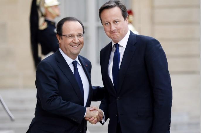 Cameron plaide au côté de Hollande pour des frappes en Syrie