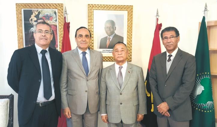 L'ambassadeur d'Angola à Rabat  reçoit une délégation de l'USFP