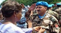 L'ONUCI rend un vibrant hommage aux Casques bleus marocains