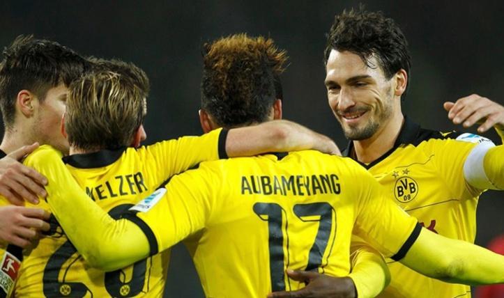 """""""Auba"""" voit double et Dortmund de renouer avec la victoire"""