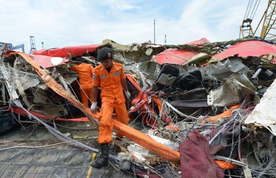 Le crash de l'Airbus A320 d'AirAsia en Indonésie causé par une pièce défectueuse