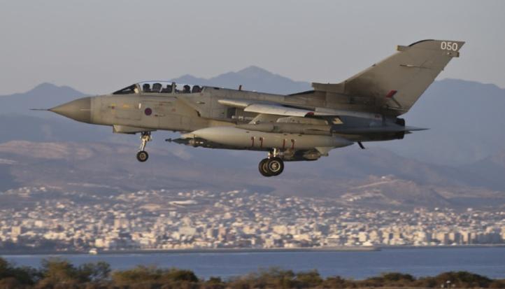 La Grande-Bretagne effectue ses premières frappes aériennes en Syrie