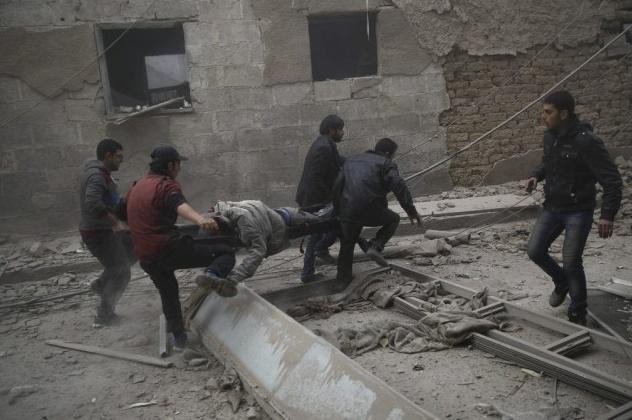 45 morts dans des bombardements sur un fief rebelle près de Damas