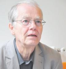 Le célèbre poète allemand Volker Braun succède à Nuno Judice au Prix international Argana