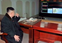 Washington et Tokyo menacent Pyongyang