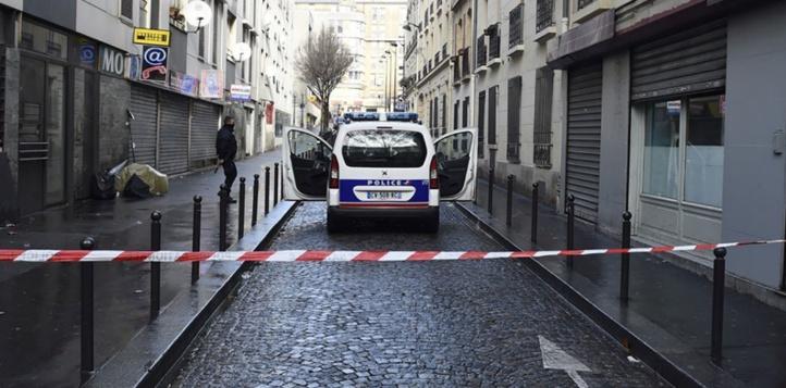 Enquête sur le parcours de l'auteur de l'attaque du commissariat de Paris