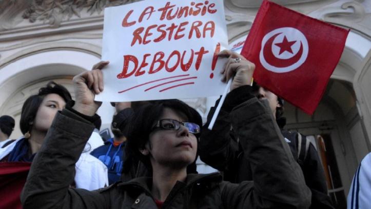 """Il y a cinq ans,  la révolution tunisienne lançait le """"Printemps arabe"""""""