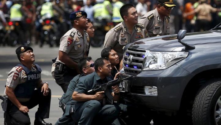 Des assaillants identifiés après les attentats de Jakarta