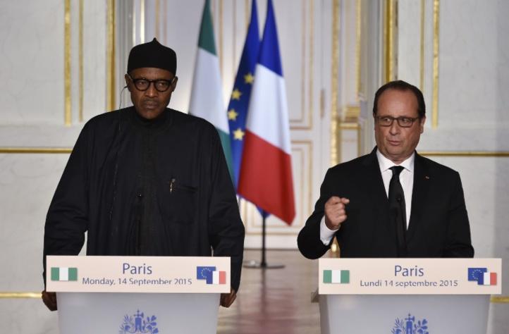Hollande déterminé à continuer à frapper l'EI