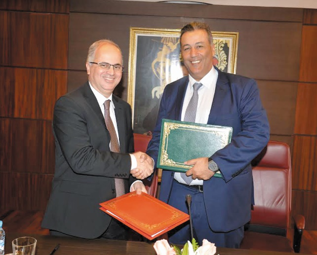 Partenariat CAM-Barid Al Maghrib sur le régime de l'auto-entrepreneur