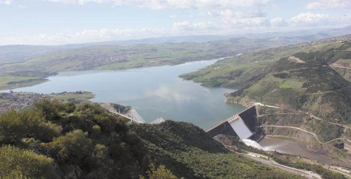 Et si 2016 n'était pas une année de sécheresse ? C'est surtout la gestion des ressources hydrauliques qui est à mettre en cause