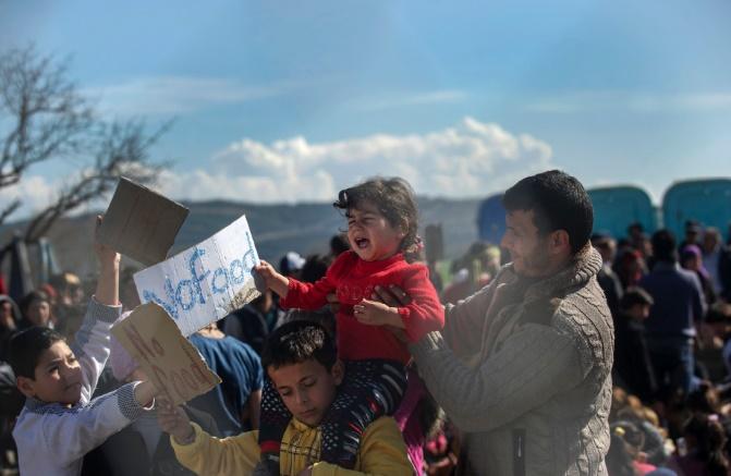 """La famine pourrait avoir fait des """"milliers"""" de morts dans les zones assiégées en Syrie"""