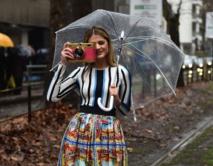 A Milan plus qu'ailleurs, les défilés de mode sont aussi dans la rue