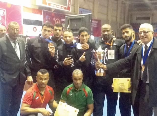 Les lutteurs marocains s'en tirent à bon compte au Championnat d'Afrique en Egypte