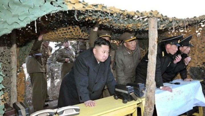 La Corée du Nord ordonne un test d'ogive nucléaire et des tirs de missiles