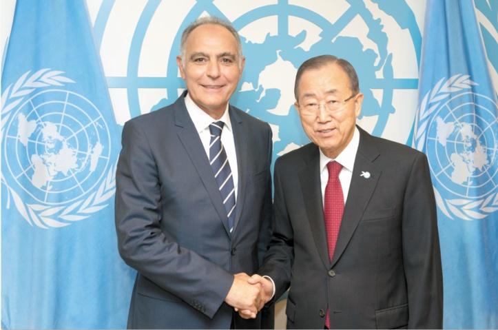 Ban Ki-moon et  Salaheddine Mezouar, le 28 septembre 2015 au siège des Nations unies.
