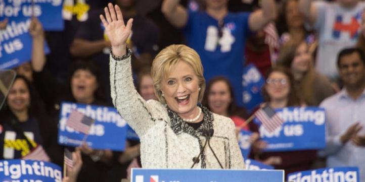 Après les primaires de mardi, un duel Clinton/Trump se dessine