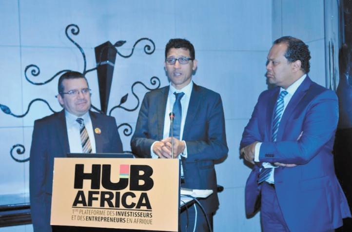 De gauche à droite : Zouhair Triqui, Secrétaire Général Maroc Export, Zakaria Fahim, Président Hub Africa et Alioune Gueye, Commissaire Général Hub Africa