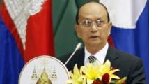 Le président birman passe la main