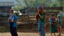 """Les """"femmes girafes"""" de Birmanie rêvent d'un autre tourisme pour leur région"""