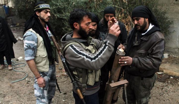 """L'opposition syrienne réclame """"des actes, pas des paroles"""" aux pays soutenant la rébellion"""