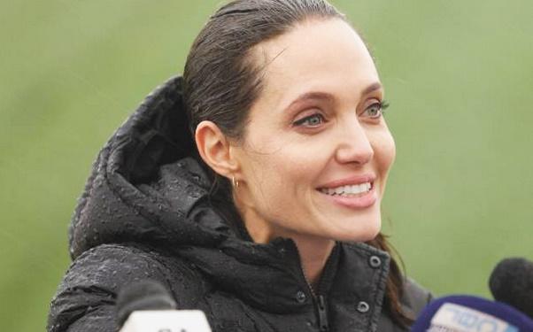 Après le cinéma, place à la politique pour Angelina Jolie