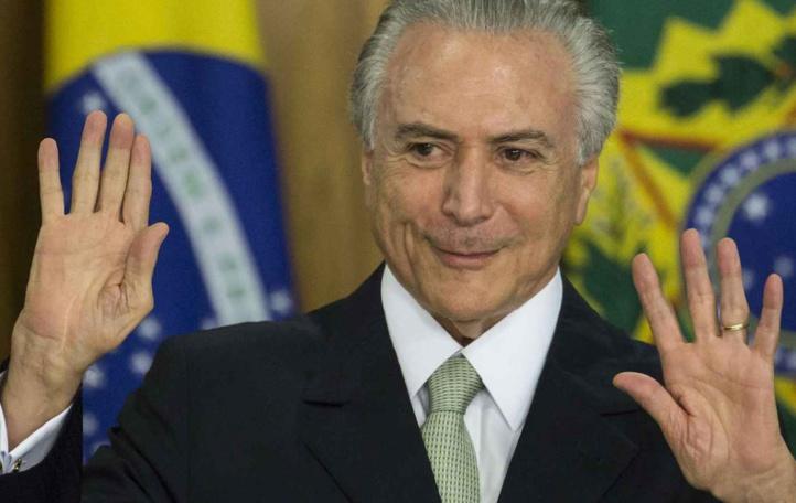 Michel Temer au pouvoir au Brésil avec le difficile défi de redresser le pays