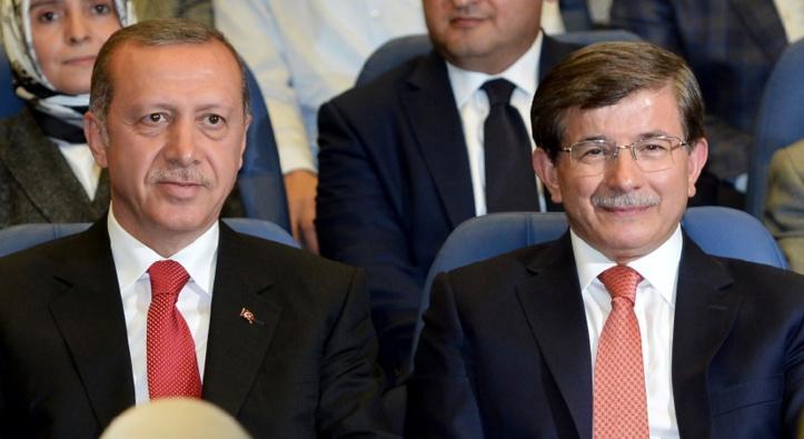 Un allié d'Erdogan favori pour succéder à Davutoglu