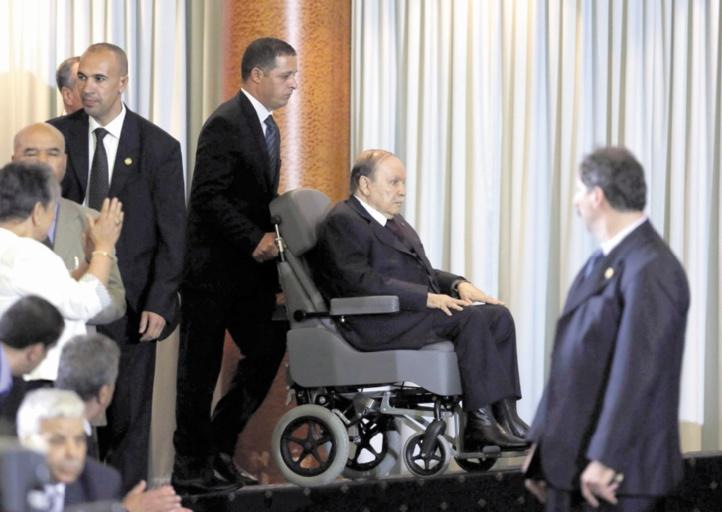 Bataille rangée autour de la succession de Bouteflika