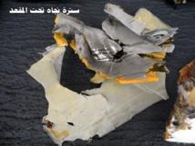 Les premiers débris du vol MS804 d'EgyptAir repêchés et les boîtes noires activement recherchées