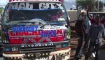 """Pimp my bus"" dans les rues de Nairobi"