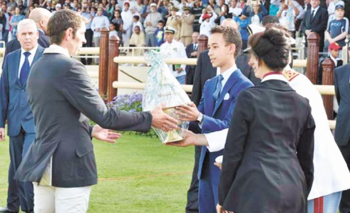 Le capitaine Outenrhrine remporte le GP S.M le Roi Mohammed VI de saut d'obstacles