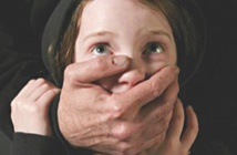 """""""Touche pas à mon enfant"""" lance un guide de sensibilisation sur la violence sexuelle contre mineurs"""