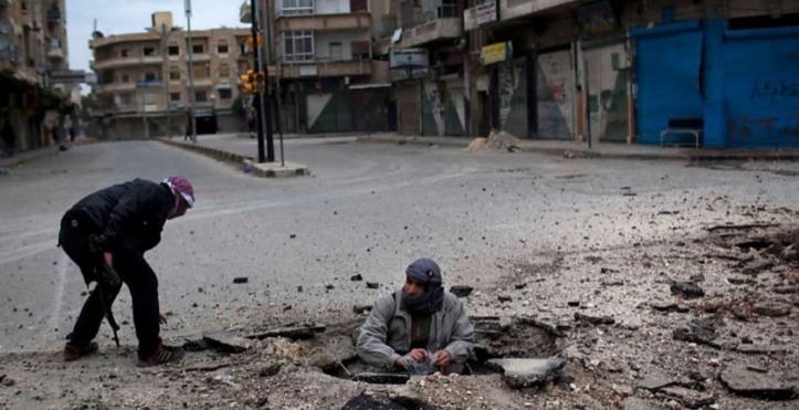Au moins 23 civils tués lundi dans des raids russes à Idleb