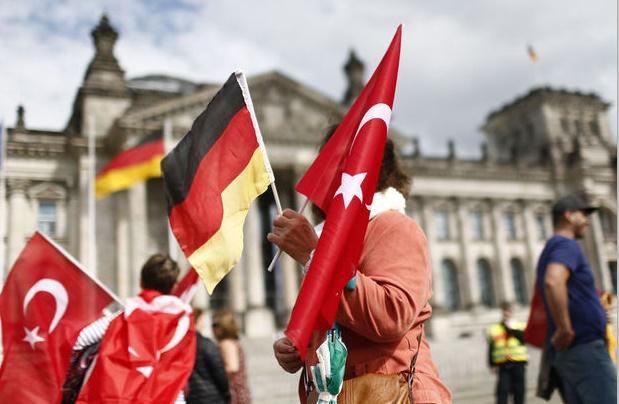 Les députés allemands votent sur le génocide arménien malgré les pressions d'Ankara