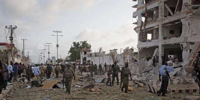 Au moins une dizaine de morts dans un attentat à Mogadiscio