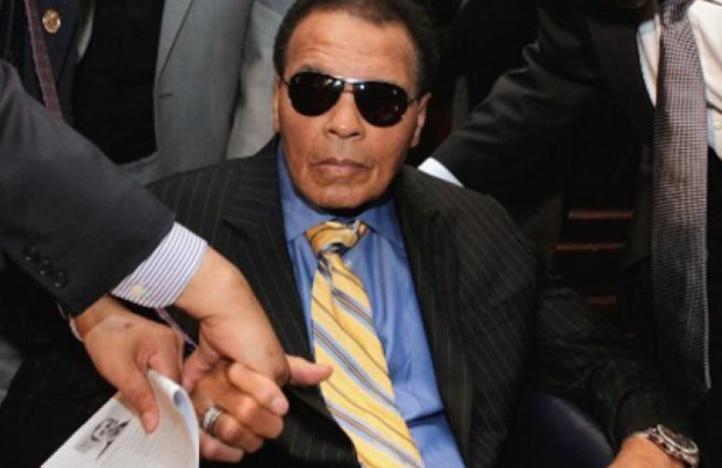 Mohamed Ali hospitalisé pour un problème respiratoire
