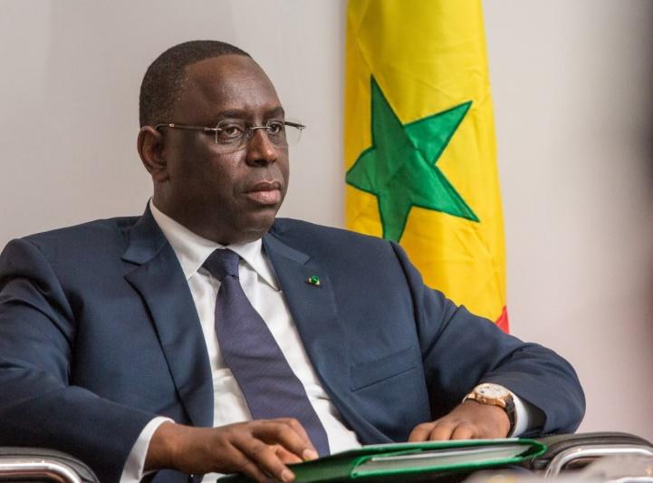 Le président sénégalais Macky Sall gracie le fils de son prédécesseur, Karim Wade