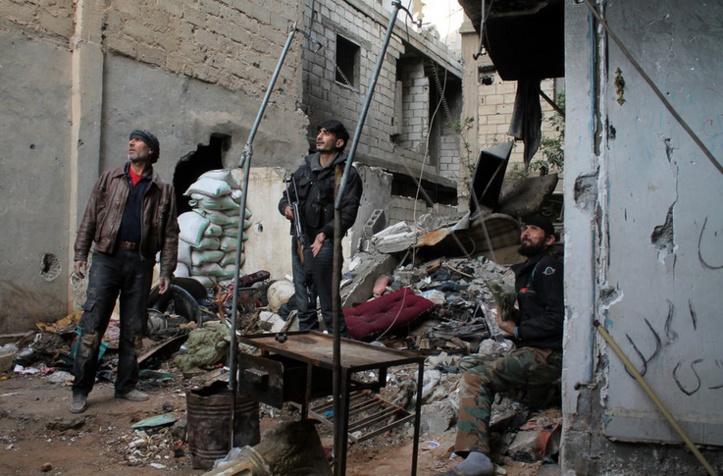 Progression des rebelles syriens vers la frontière irakienne