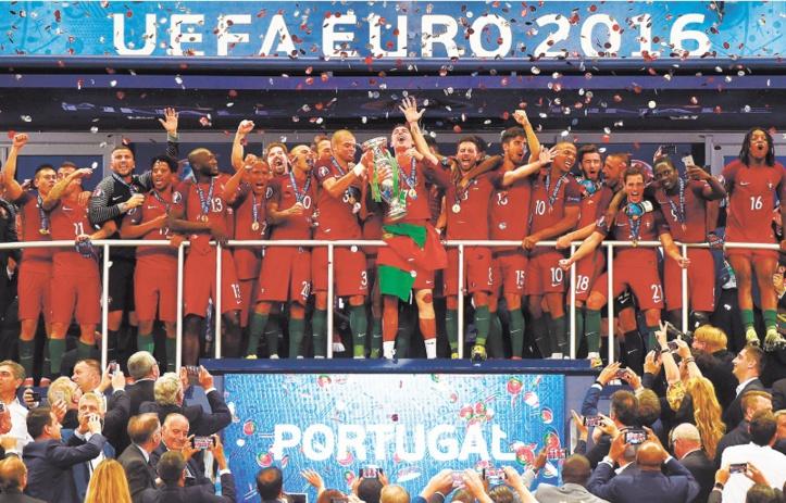 Enfin, un titre majeur pour le Portugal : Le rêve des Bleus brisé