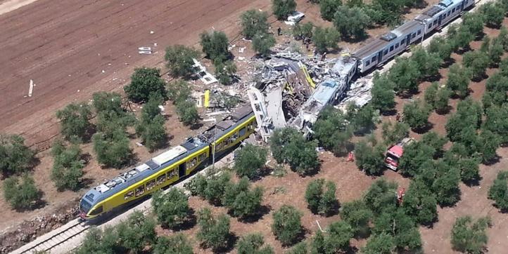 Au moins 25 morts dans une collision de trains en Italie