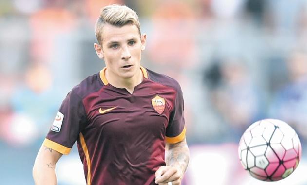 Lucas Digne signe au Barça