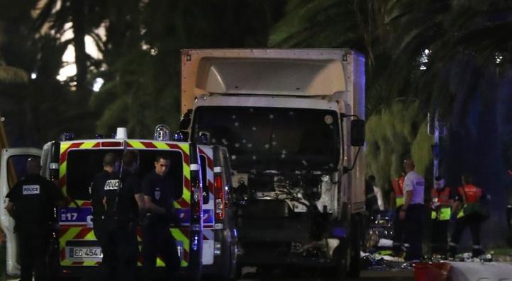 Le 14 juillet endeuillé par le barbarisme à Nice